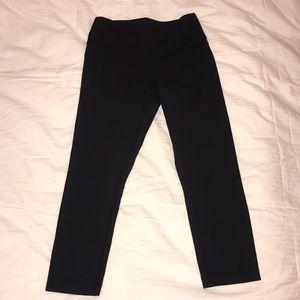 Lululemon Athletica Black ¾ Length Leggings Size 4